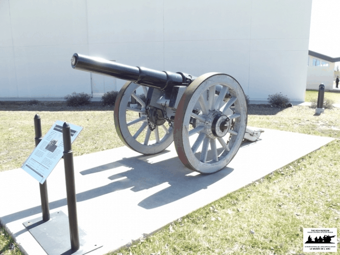 Armstrong-40-Pounder