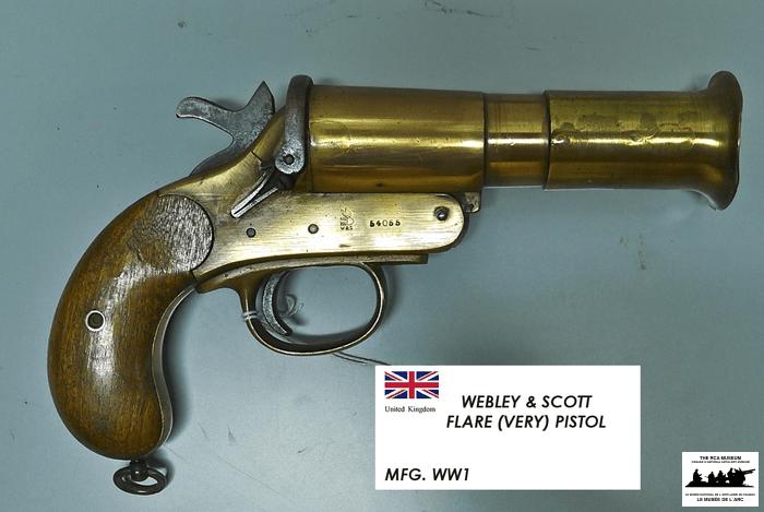 Webley-and-Scott-Very-Pistol
