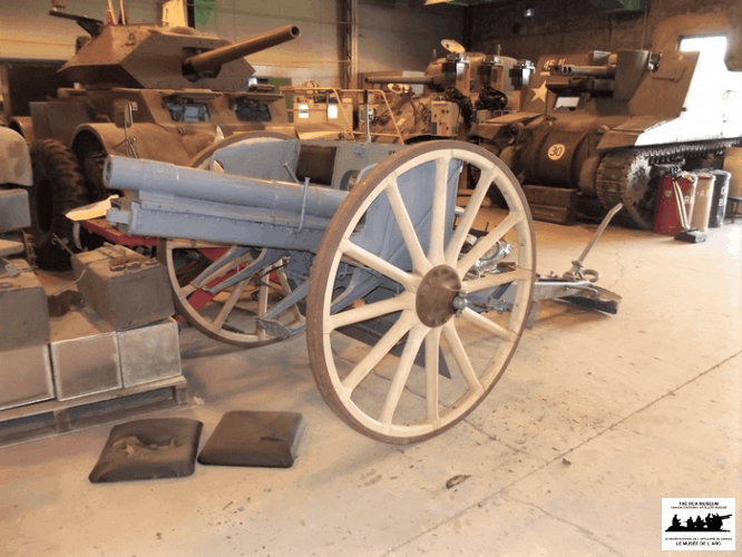 7.7cm-Field-Kanone-1896-AA