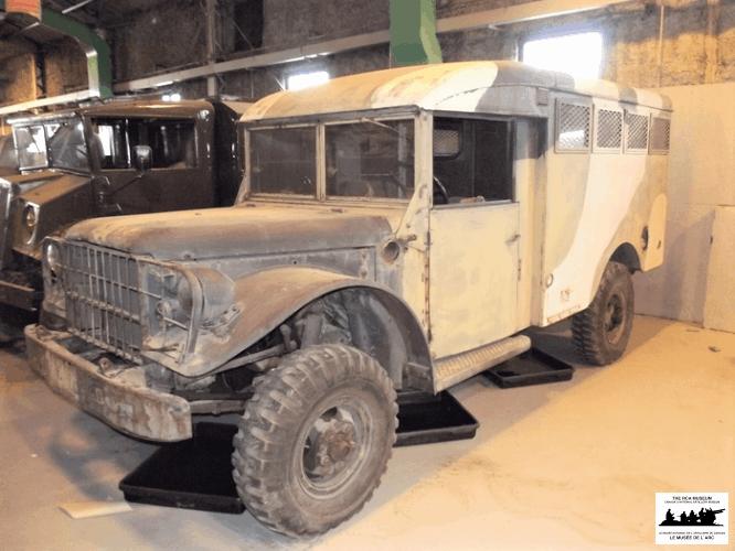 Dodge-M152-Van