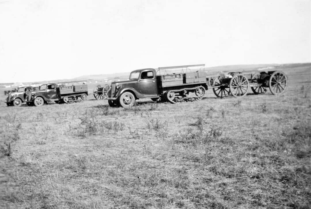 1933-Jeeps-at-Sarcee