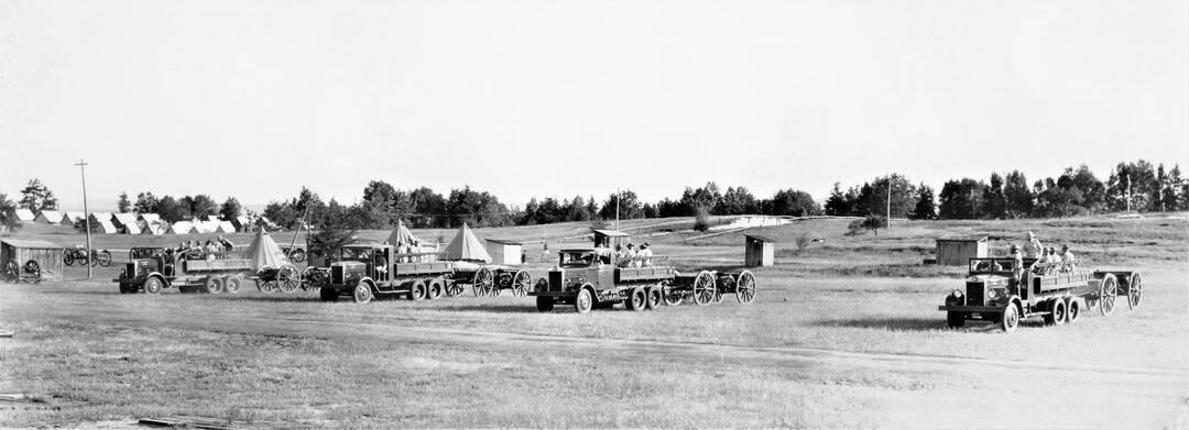 1937-C-Battery-RCHA-in-Gun-Park-Petawawa-Camp