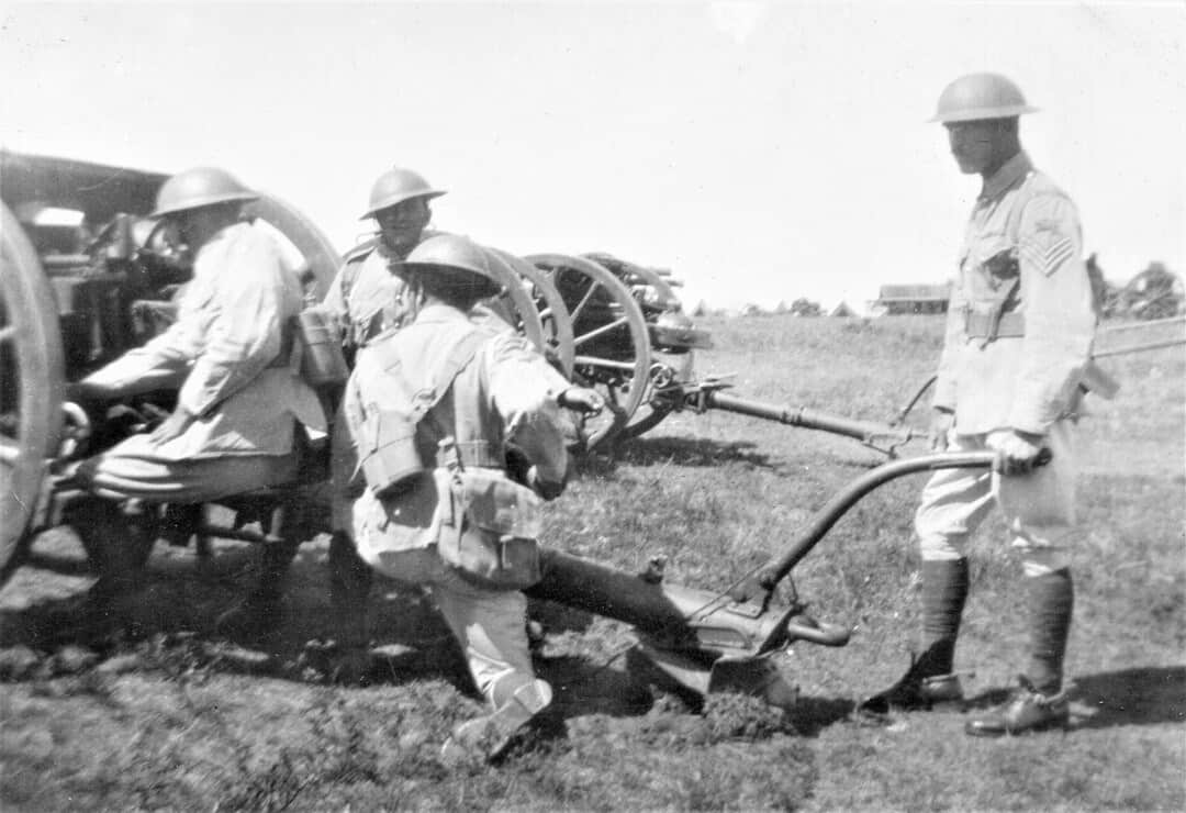 1937-C-Sub-in-Action