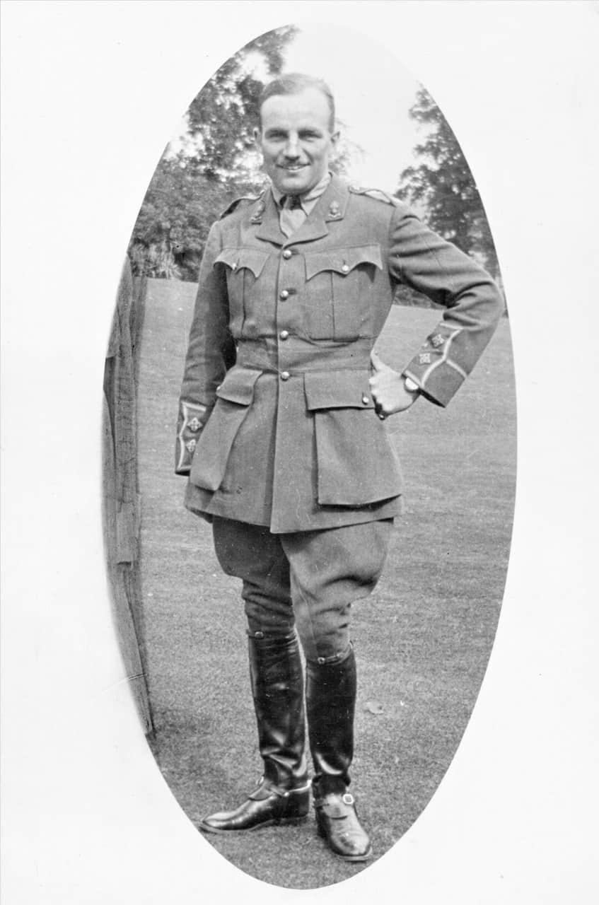 0.-1913-Capt-Benson-Self