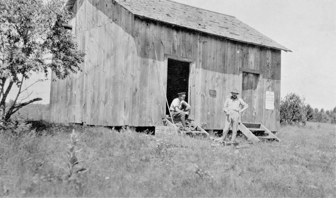 1.-1914-Petawawa-on-the-lake