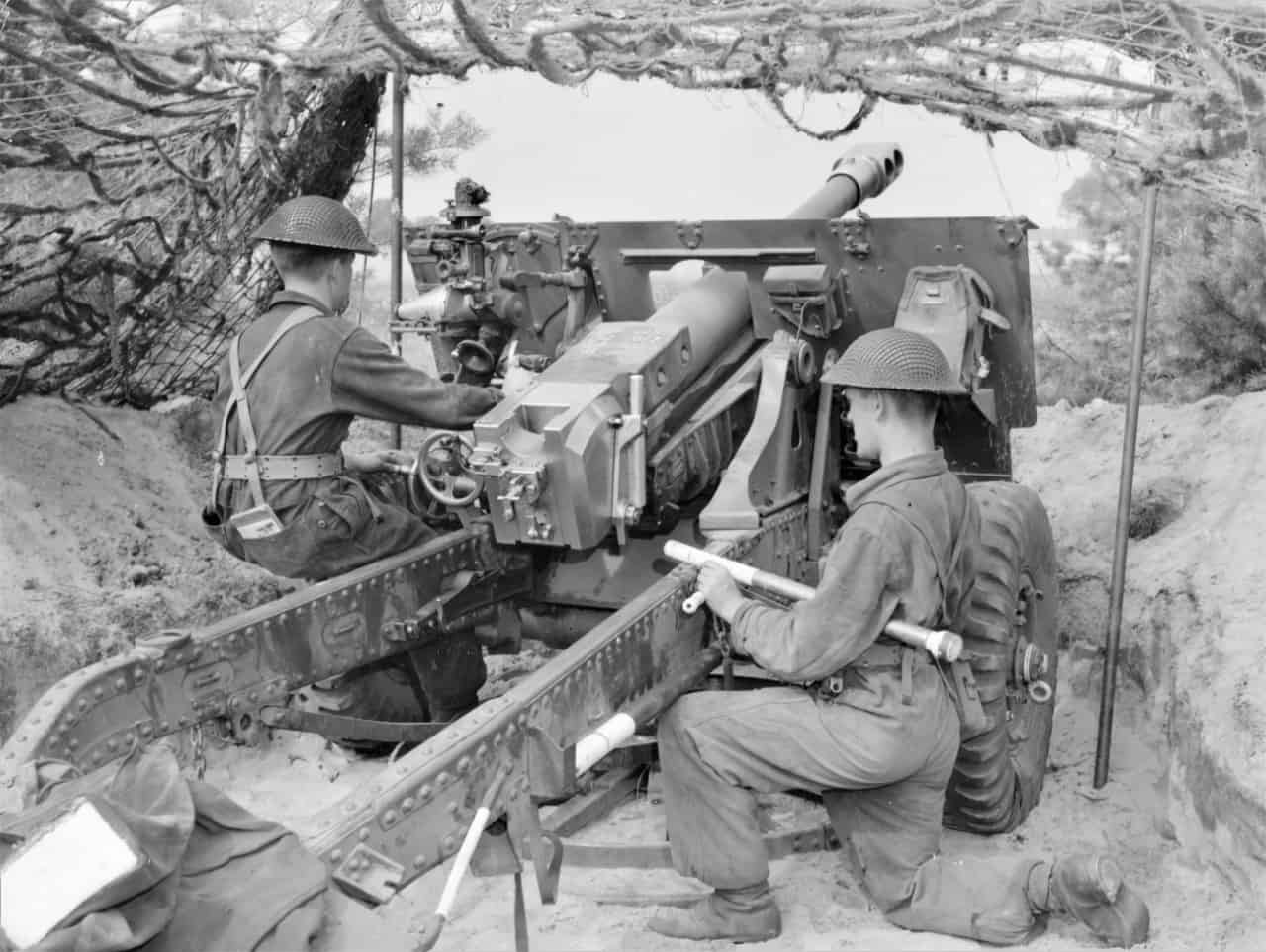 25-Pounder-late-1940s