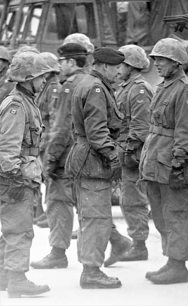 General-Belzile-inspecting-troop-in-Germany-1RCHA-1974-2