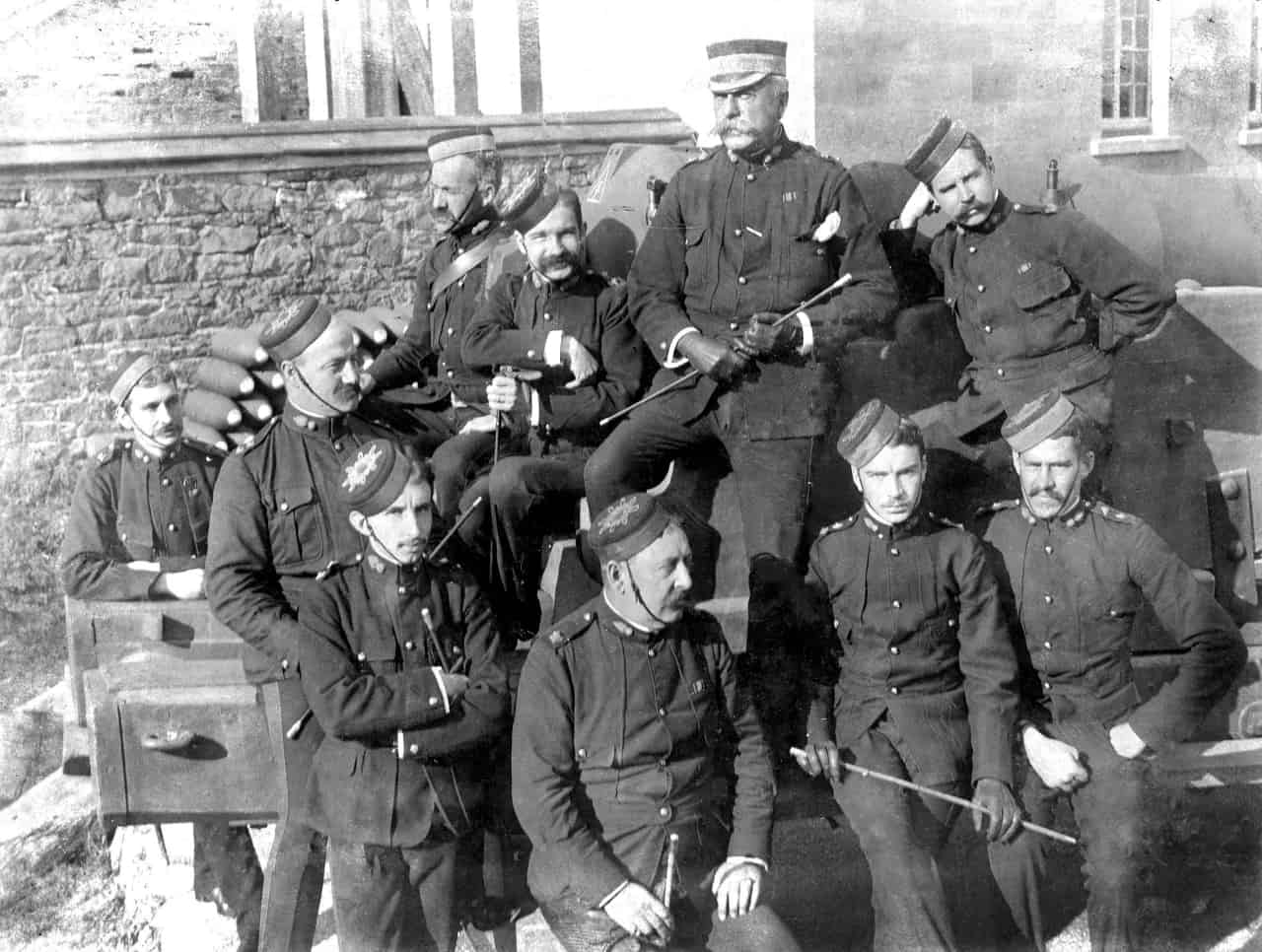 Officers-RCA-Citadel-_-Quebec-cica-1890_s-Shilo-Stag